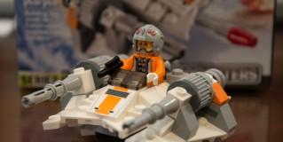 Snowspeeder [75074]